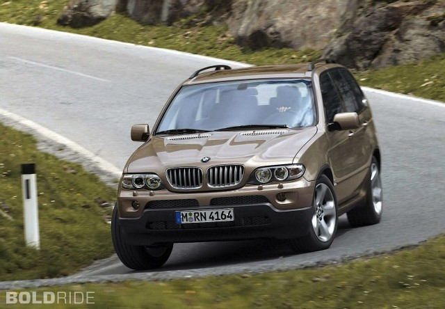 2004 BMW X5 in a turn