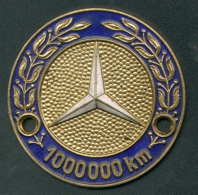 Mercedes million kilometer badge
