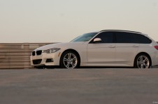 Wallpaper Wednesday 8/25: BMW 328i xDrive Sports Wagon