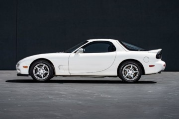 1993-1995-mazda-rx-7-side-profile